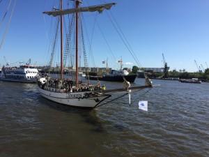 Hafengeburtstag 2015 Segelschiff Tolkien Hamburg Auskenner